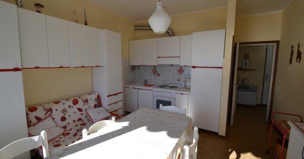 Küche/ Wohn-/ Essbereich